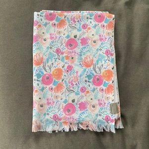 NWOT Floral Towel